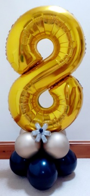 Gold number balloon with balloon base