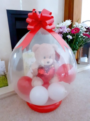 Teddy Bear inside a balloon - Balloon in a Box